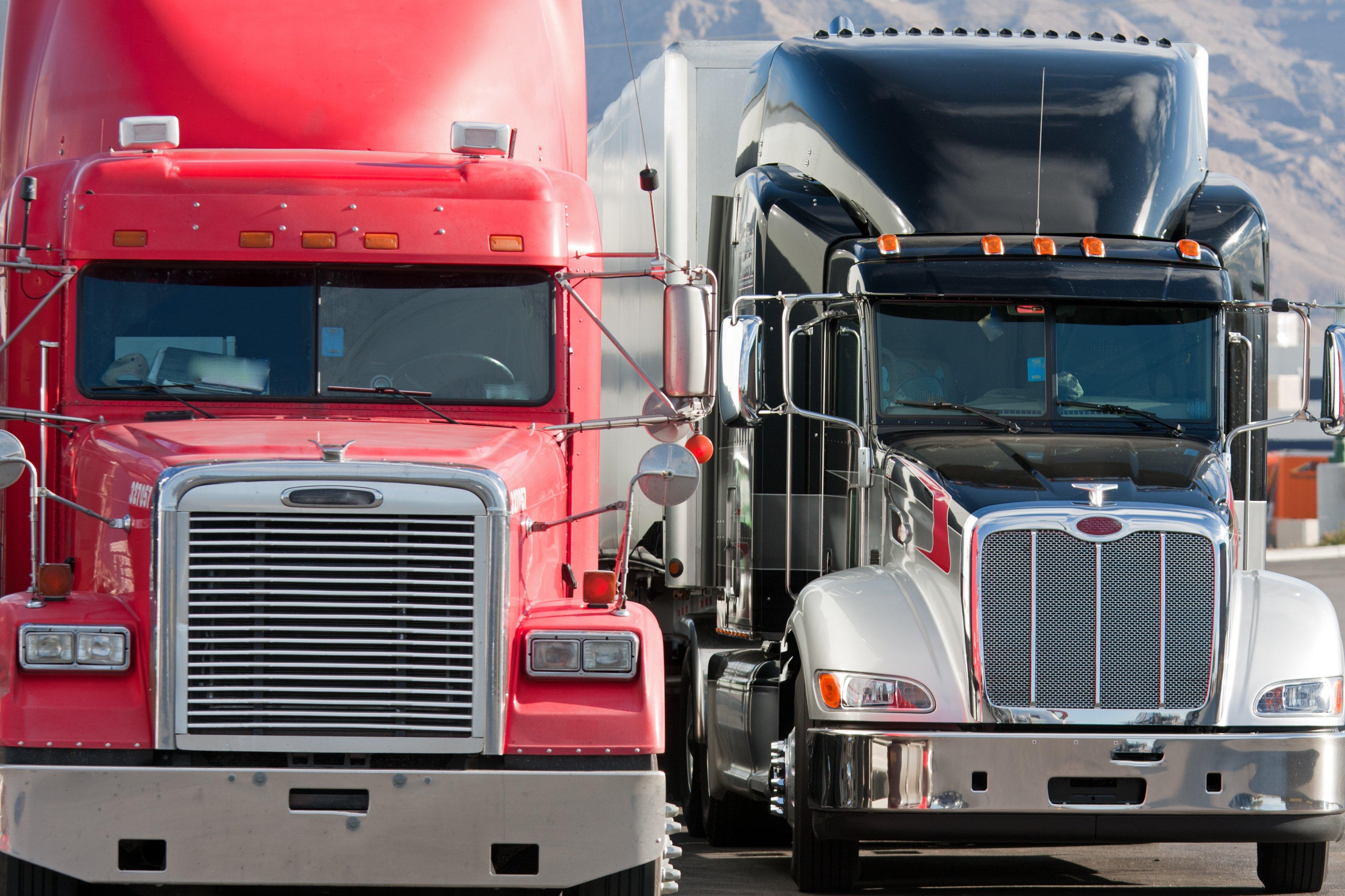 2 Trucks Bristol Webpage Home